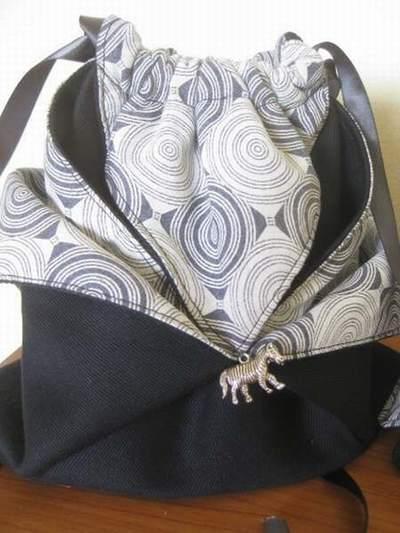 sac origami en papier sac origami reversible origami simple sac. Black Bedroom Furniture Sets. Home Design Ideas
